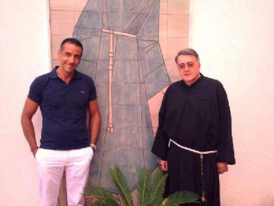 Geom. Pecora Giovanni e Padre Salvino Pulizzotto - Il direttore tecnico di Builder SRL e l'mministratore del Centro Kolbe.